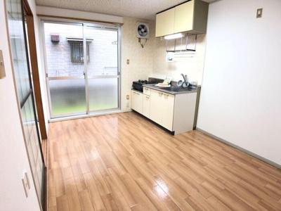 【キッチン】サニーハウス 久米・