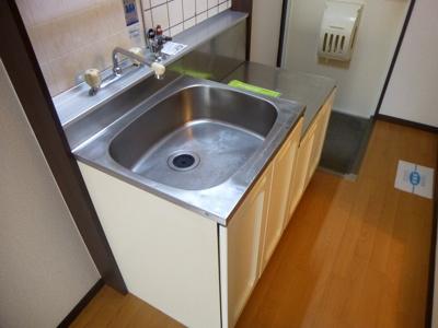 【キッチン】ヴィラプレフェールⅡB棟