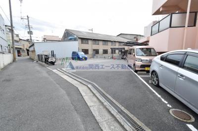 【駐車場】アメニティサントリーニ