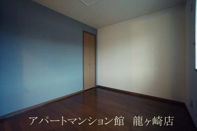 【エントランス】ルミエールA