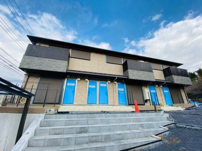 ※施工中※2020年2月完成予定♪横浜線「小机」駅より平坦な道を徒歩6分!港北インターへも車で6分と便利な立地の新築アパートです♪
