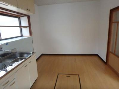 【キッチン】北久米1034-3-3山口戸建
