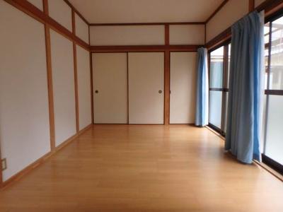 【居間・リビング】北久米1034-3-3山口戸建