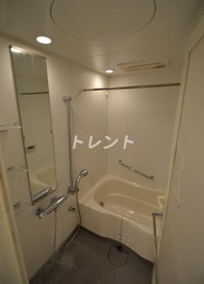 【浴室】コンフォリア西新宿