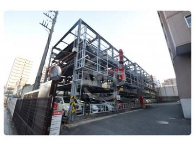 上本町ガーデンハイツ 駐車場