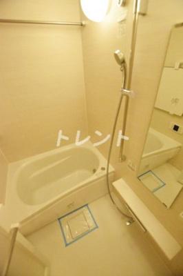 【浴室】ライオンズ千代田岩本町ミレスKDA