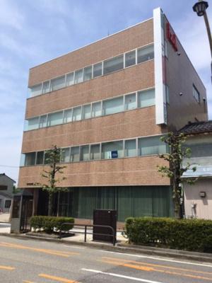 【外観】魚津駅前izakビル