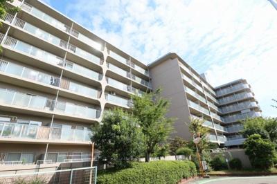【現地写真】 総戸数117戸のマンションです♪