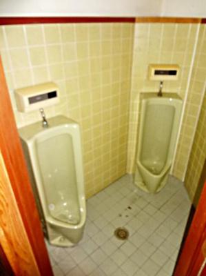 【トイレ】唐戸店舗