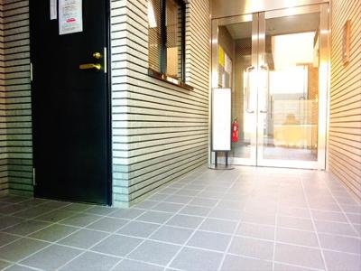 【エントランス】サンテミリオン笹塚