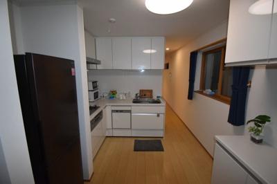 【キッチン】人気の街 浅草 築浅の素敵な一戸建