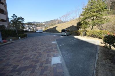 【駐車場】フレール六甲桜ヶ丘