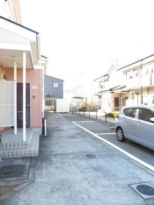 【駐車場】シャンボール・ヴィラ