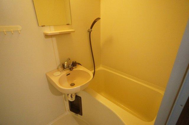 【浴室】シャトルⅡ番館