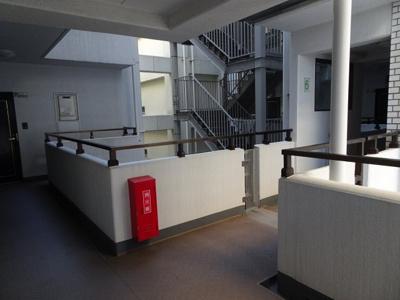 中銀第2東上野マンシオン 共用廊下