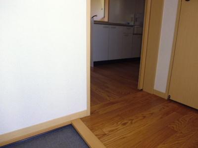 【玄関】ライフォート中山