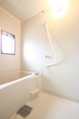 【浴室】サンライフ山野B