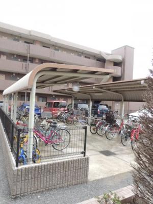 【サニードエル3】は屋根付き駐輪場有り!