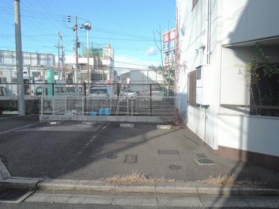 【駐車場】サンハイツI