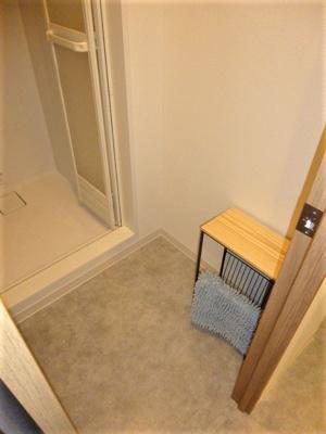 脱衣スペース。シェアハウス本厚木