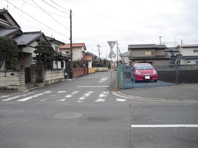 【前面道路含む現地写真】平須町土地