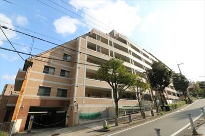 神戸市営地下鉄新神戸駅より徒歩3分