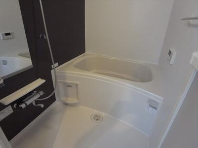 【浴室】フルリール スリジエ