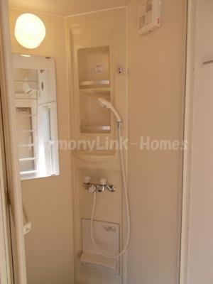 グレースマロンのきれいなシャワールームです