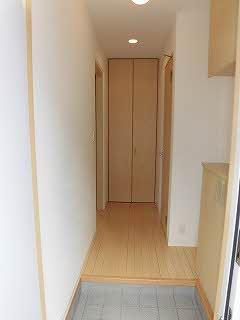 【玄関】エヴァグリーン南斎院