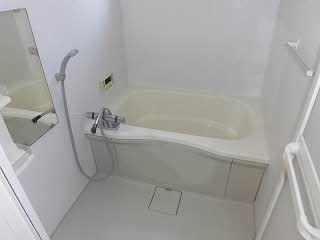 【浴室】エヴァグリーン南斎院