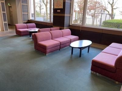 ロビーにソファ等もあるので、来客の対応もできます。