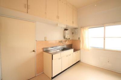 【キッチン】富任シーコーポラス 6号棟 7号室