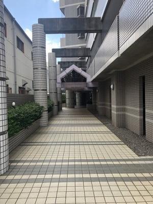 【外観】ラ・レジダンス・ド・サントゥール
