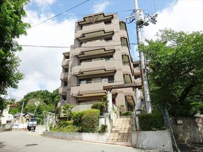 阪急岡本駅徒歩13分 緑豊かな住宅地 スーパー徒歩圏内です♪