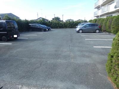 【駐車場】フロントヒルズⅡ