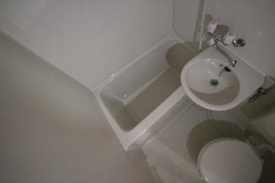 【浴室】ベルジュ本山