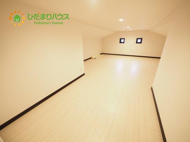 屋根裏収納付きで収納スペース十分(*^^*)