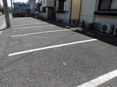 【駐車場】メゾン・ド・ラフィーネB