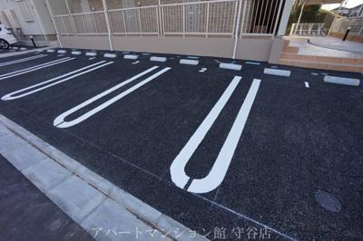 【駐車場】アルバーダⅡ
