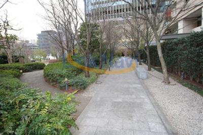 【庭】グランフロント大阪オーナーズタワー