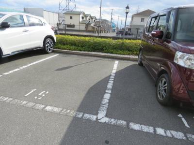 【駐車場】クラシックキューブ