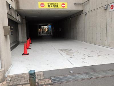 【駐車場】ライブタワー武蔵浦和