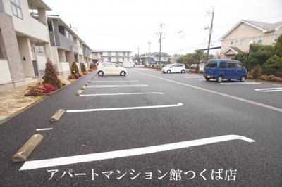【駐車場】カリダーデF