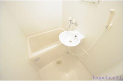 【浴室】エヴァーグリーン白幡Ⅱ