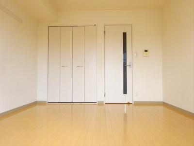【寝室】パークサイドアパートメント