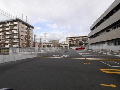 【駐車場】LOCS YOKODAI
