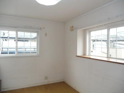 2階洋室6帖。プライベートシーンを演出する、やすらぎとくつろぎの空間です。