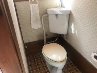 【トイレ】駒ヶ根市上穂栄町 中古住宅