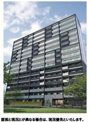 【外観】平成28年築、人気の新大阪エリアの角部屋です