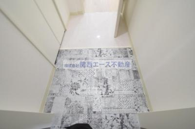 【玄関】クリエオーレ近江堂